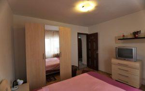 Apartamente-Regim-Hotelier-Iasi---Apartament-Confort-Poza-5-compressor