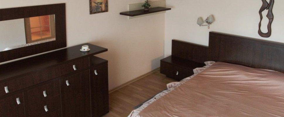 Regim-Hotelier-Iasi-Apartament-1-camera-Single-01-compressor